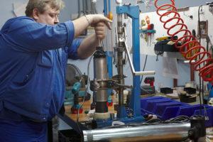 Ремонт насоса для скважин на воду: частые поломки